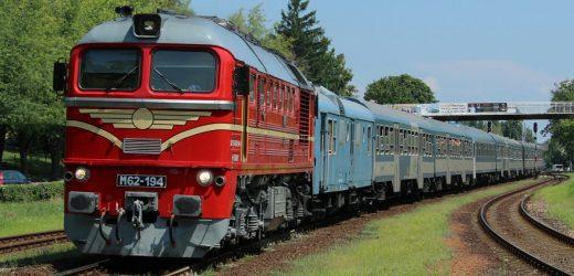 Retró hétvégére várják a vasútbarátokat a Balaton északi partján