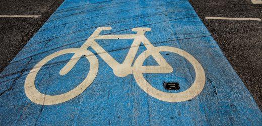 470 millióból épül kerékpárút a Balatonnál
