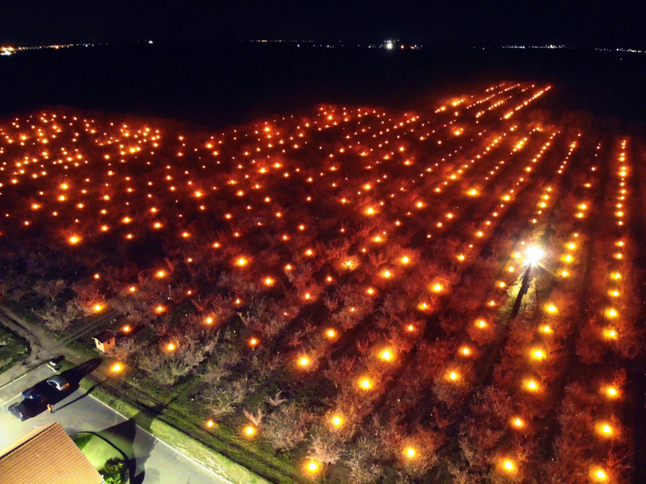 A balatoni ezerlámpás éjszakája